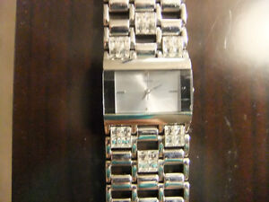 Women's Guess Watch For Sale Oakville / Halton Region Toronto (GTA) image 2