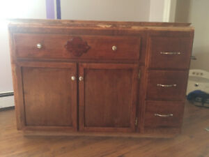 4 foot bathroom vanity - Best Offer. Must go