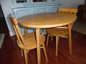 CHILDS WOODEN TABLE & CHAIR SET