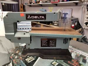 Delta 40-130 13 Inch Scroll Saw - Wired - GREAT DEAL