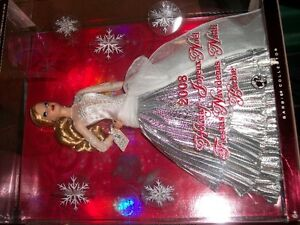2008 Holiday Barbie Mint Condition