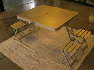 Folding Picnic Table - Aluminum