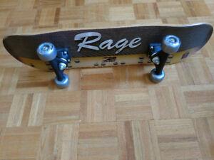 Mid size Rage Skateboard