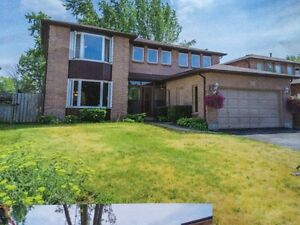 Rental House(Barrie Grove) 5 minutes away from Simcoe Beach