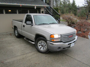 2007 GMC Sierra Classic; excellent condition and very low kms