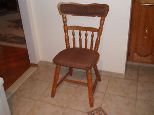 OAK CHAIRS - CUSHIONED