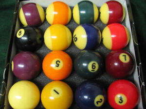 "Complete older set of 2 1/4"" Billiard Balls w/ box of cue chalk"