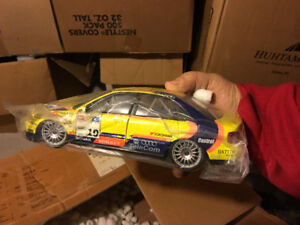 1/18 Ut Model #19 Audi A4 Stw 1:18 Scale Racing Collection