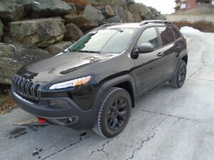 2018 JEEP CHEROKEE Trailhawk   (WAS $48,485 NOW $37990)