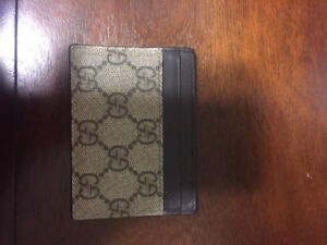 Authenti/Real Beige Gucci Card Holder/Wallet!!