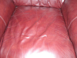 Beautiful leather couch Windsor Region Ontario image 4
