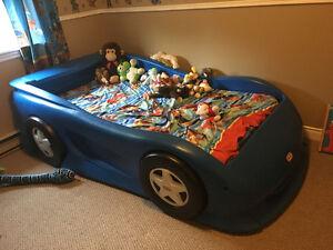 Blue race car bed !!!