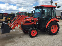 Kioti DK35SEH Tractor Cab 4x4 Loader Remotes LOW LOW HRS