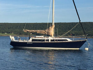 35 FOOT SAILBOAT IN PRICED TO SELL - C&C mkii FOR SALE 1976