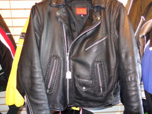 Leather bikers jacket in 44- recycledgear.ca