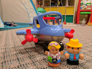 Little People BUS AND AIRPLANE Cambridge Kitchener Area image 1