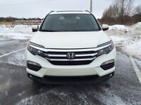 2016 Honda Pilot EXL **ONLY 8,000KM  LIKE NEW***
