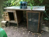 Chicken House and Run Coop Hen