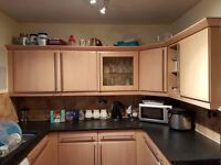 Kitchen units / cupboards / worktop