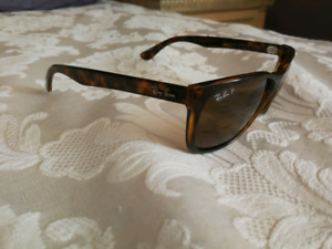 RB 4148 Ray-Ban polarized sunglasses