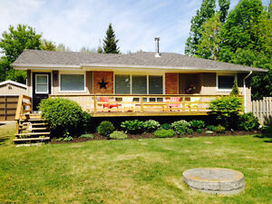 Cottage Rental Bobcaygeon 5 Star A FEW SUMMER WEEKS AVAILABLE