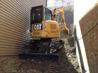 Excavator skidsteer operator