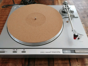 Vintage sony full automatic turntable ps-x45