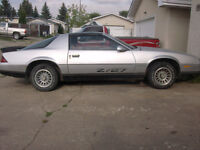 my summer ride for your cash $2800 1986 Z27 Camaro T Top