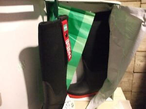 COUGAR WATER PROOF RIDING STYLE BOOT   SIZE 8, and  7