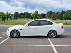 2009 BMW M3 LCI - Alpine White/ Fox Red/DCT