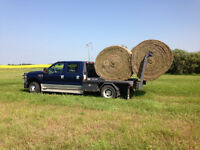 2008 ford Dually Lariet with Bale Deck