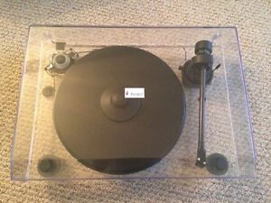 Pro-Ject 2 Xperience Audio Systems turntable