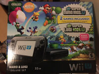 WIIU Deluxe Set with Monster hunter3 and Pro controller