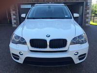 2012 BMW X5 xDrive 35i SUV - LIKE NEW!