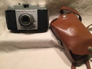 Vintage Kodak Camera 3 piece Lot