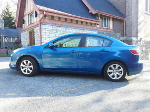 2012 Mazda3 Sedan-NO ACCIDENTS, NEW TIRES