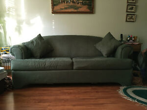 Couch kijiji free classifieds in calgary find a job for Sofa bed kijiji calgary