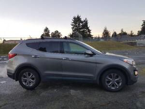 2013 Hyundai Santa Fe sport low kms