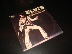 ELVIS PRESLEY-AT MADISON SQUARE GARDEN-VINYLE/VINYL