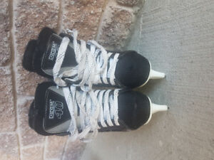 Bauer charger kids size 1