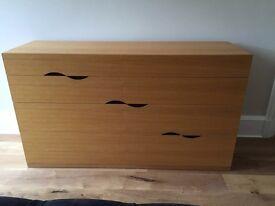 Oak veneer 3 drawer chest
