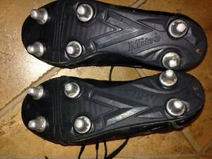 Mitre size 4 rugby cleats Cambridge Kitchener Area image 2