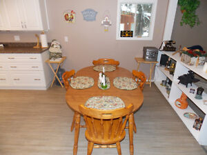 GORGEOUS PIGEON LAKE CABIN.  2 BED, 2 BATH.  STEPS TO THE LAKE! Strathcona County Edmonton Area image 3