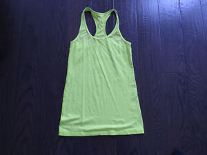 Ladies Lululemon Tank Top Size 6