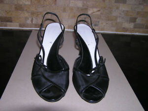 Women's Nine West Black Sling Back High Heel Sandals Size 7 1/2