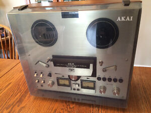 Akai GX-265D Reel to Reel with Dust Cover