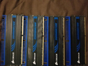 8 GB Corsair Dominator DDR3 ram