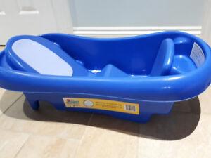 First Years baby bath tub