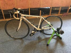 Women's Devinci Silerstone Road Bike