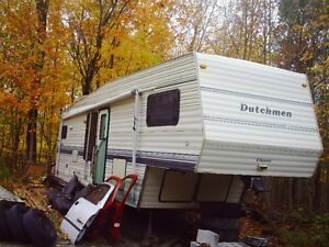 Dutchman Fifth Wheel Trailer